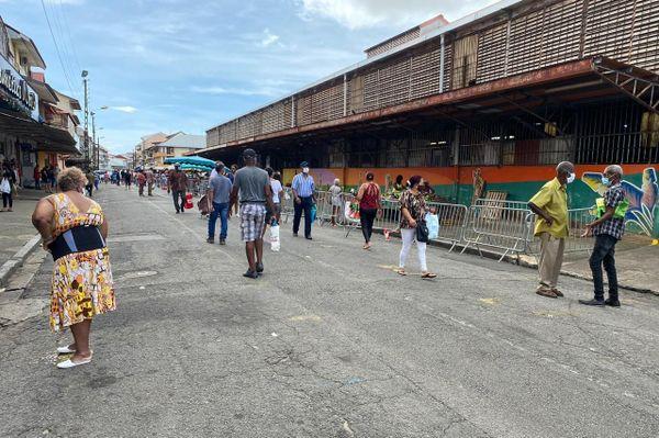 Le marché de Cayenne ouvre pour un test
