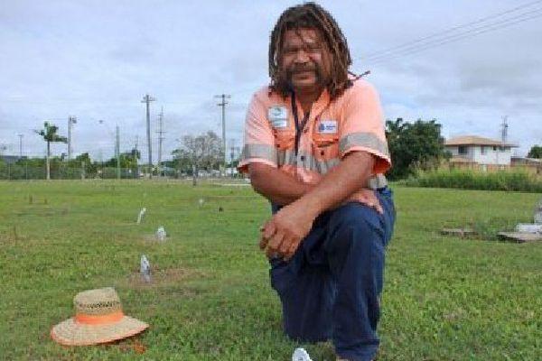 Starett Vea Vea a aidé à redécouvrir les tombes de victimes du blackbirding à MacKay Australie