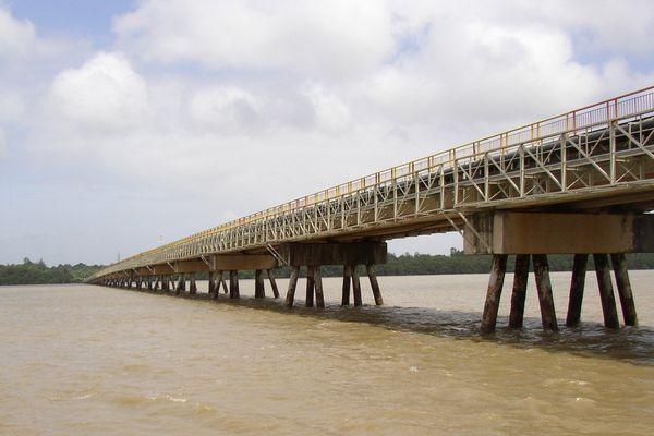 Pont de Cayenne