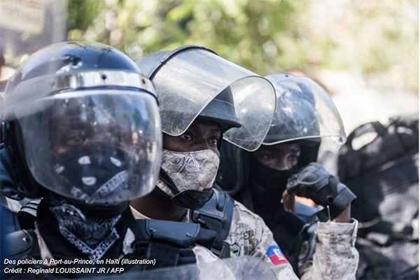 Haiti Policiers