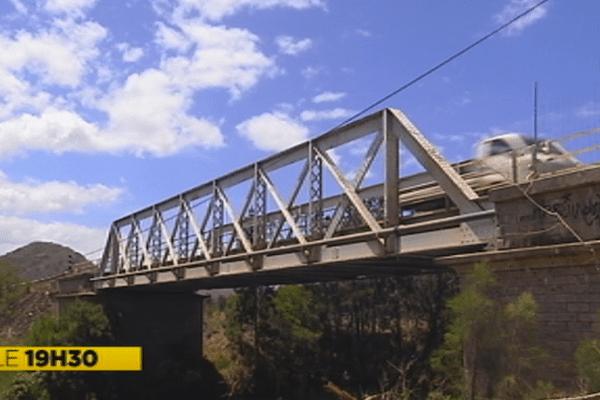 Pont de la Ouenghi