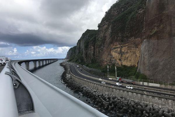 Le viaduc de la nouvelle route du Littoral