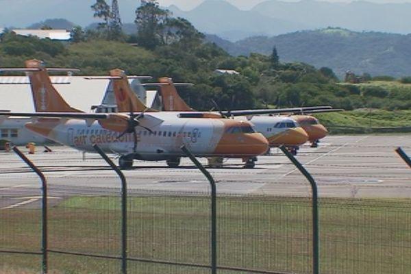 Trois avions Air Calédonie Aircal aérodorme Magenta (14 juillet 2017)