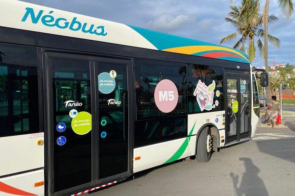 Bus ligne M5 Nouméa Mont-Dore