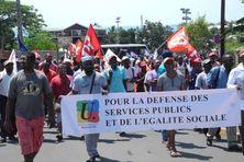 Depuis 2011, les syndicats mahorais sont descendus de nombreuses fois dans la rue pour interpeller le gouvernement sur les inégalités sociales à Mayotte.