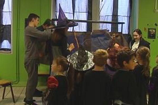 A Saint-Pierre, les terminales organisent un après-midi récréatif pour Halloween