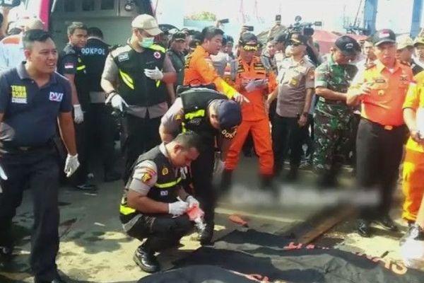 Un accident d'avion fait 189 morts au large de Jakarta en Indonésie