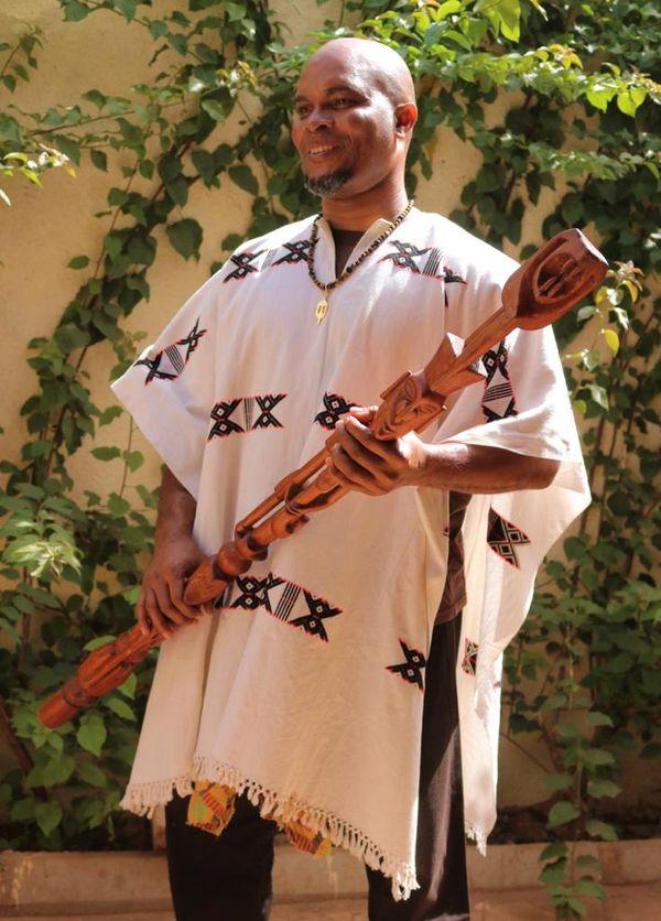 Yannick Théolade au Burkina-Faso pour présenter le Djokan