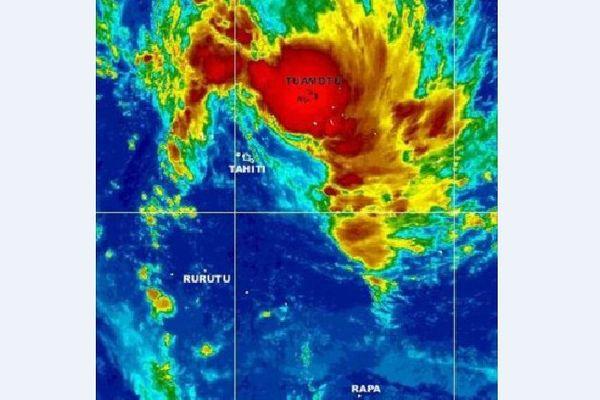 Intempéries aux Tuamotu : des habitants évacués de l'atol de Nihiru