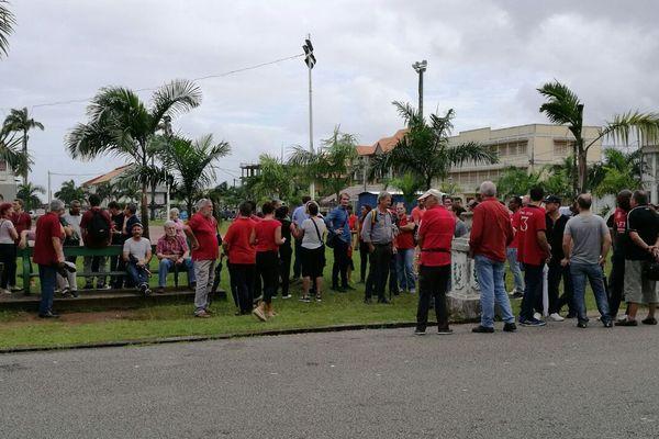 Les participants de la marche du 12 avril 2017 à Cayenne