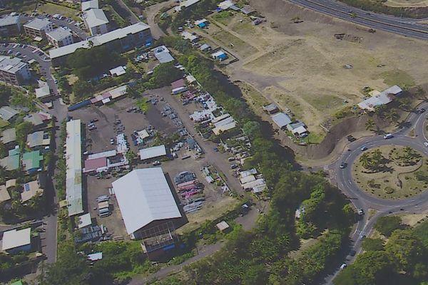 village tahitien, parcelle cherche projet