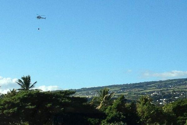 incendie Moka hélicoptère bombardier d'eau