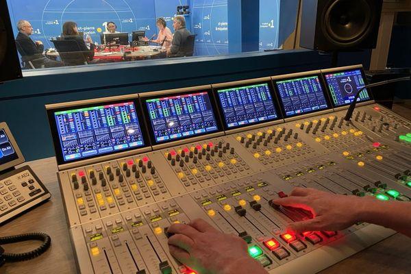 612fcb6ccf8d6_studio.jpg