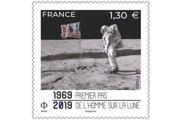 Timbre sur la Lune