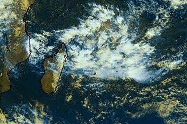 Selon Météo France Océan Indien, une tempête tropicale devrait se développer le week-end prochain, au Nord des Mascareignes.
