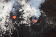 Les deux cônes éruptifs du Piton de la Fournaise