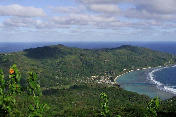 Rurutu, image du mont Manureva