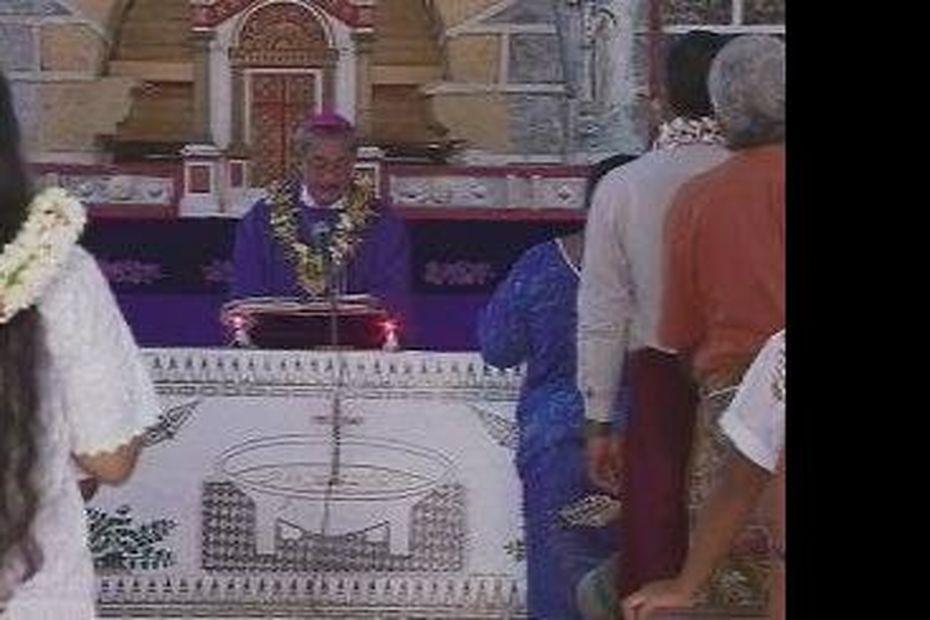 L'évêque du diocèse de Wallis et Futuna appelle à l'unité et à la paix - Wallis-et-Futuna la 1ère