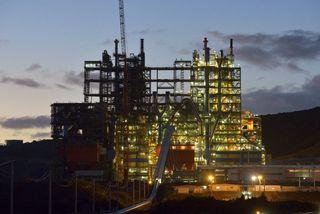 usine KNS nuit
