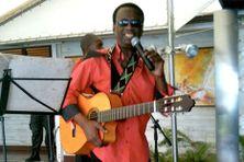 Le chanteur Guy Méthalie