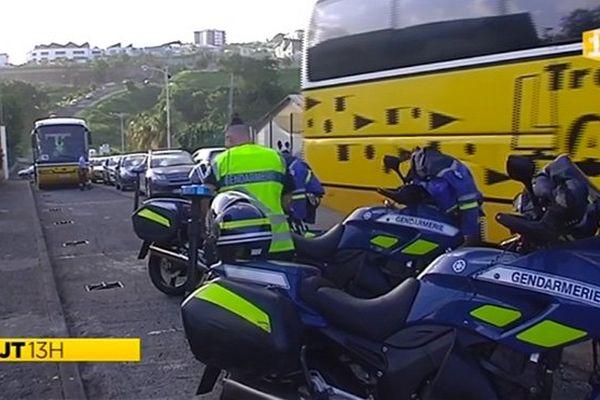 Contrôle bus par motards