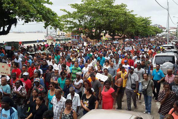 Surinam Manifestations
