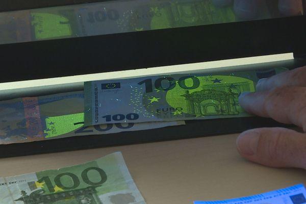 Nouveau billet de 100 euros