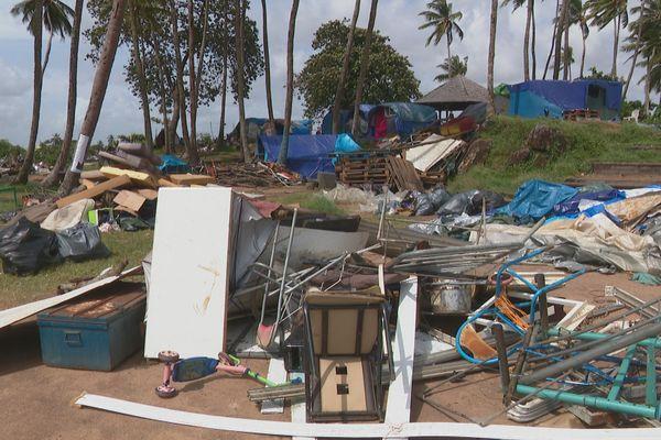 Démantèlement du camp de migrants de la Point Buzaré à Cayenne