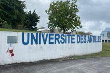 Université des Antilles (pôle de Schoelcher).