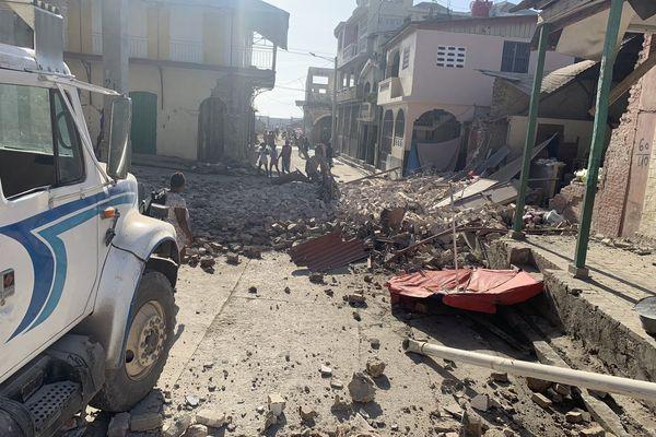 Dégâts du séisme en Haïti