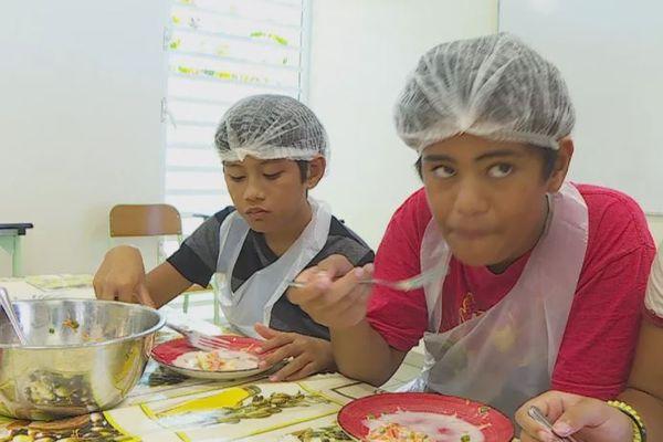 Vers de meilleurs repas scolaires confectionnés avec davantage de produits locaux ?
