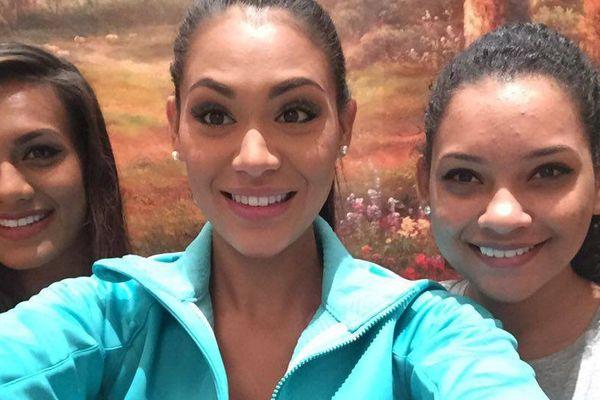 Selfie avec Miss Mauritius et Miss Fidji