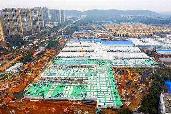 Construction d'hôpitaux à Wuhan. Epidémie de coronavirus février 2020
