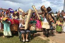 Fête de l'Assomption 2017, To'o kava en offrandes des villageois de Falaleu