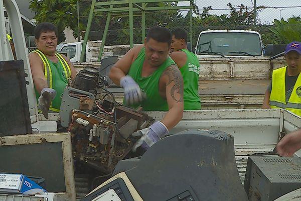 Collecte de déchets électroniques