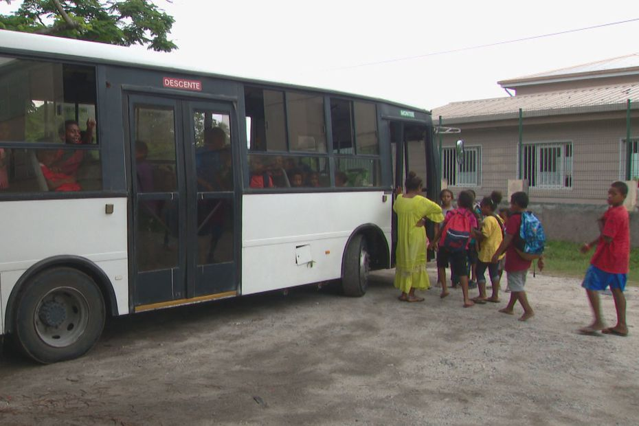 À Ouvéa, le transport scolaire se complique - Nouvelle-Calédonie la 1ère