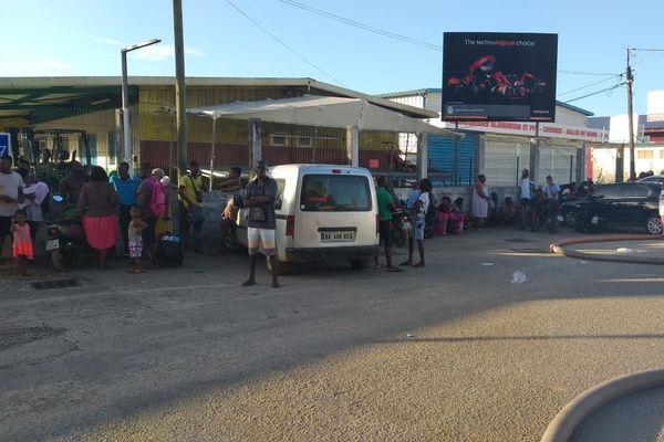 Plus de 70 personnes à la rue après l'incendie d'un squat à la zone Collery