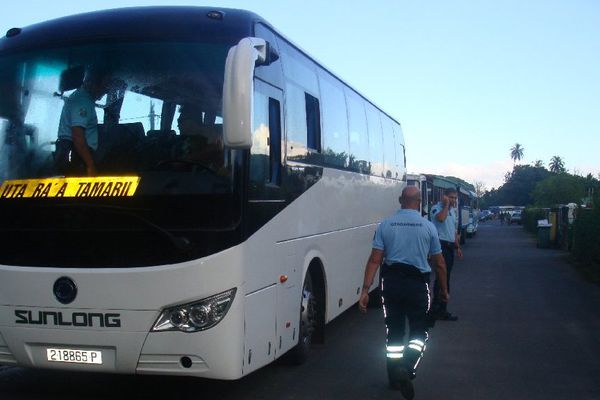 Contrôle bus Huahine