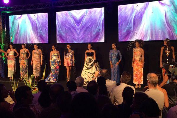 fashion show Ono'u