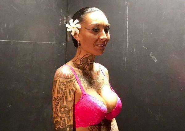 Estelle tatouée 1
