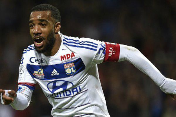 """Football : le Guadeloupéen Lacazette a """"vécu un rêve"""" avec Lyon, dimanche"""