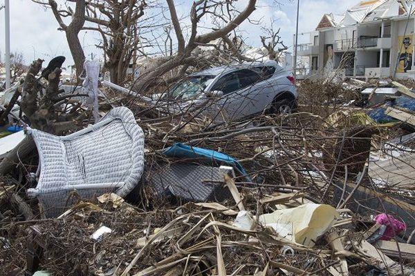 """Irma: """"Aucun cas d'épidémie"""" à Saint-Martin"""