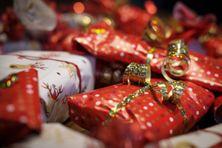 Le temps des cadeaux de Noël.