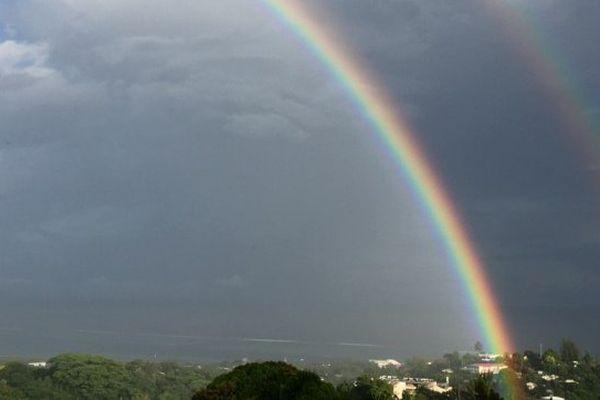 Vigilance jaune pour les orages à Tahiti et Moorea, jaune pour les fortes pluies aux Australes Ouest