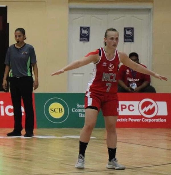 Basketteuse en passe de devenir pro, Samantha a participé à deux Jeux du Pacifique