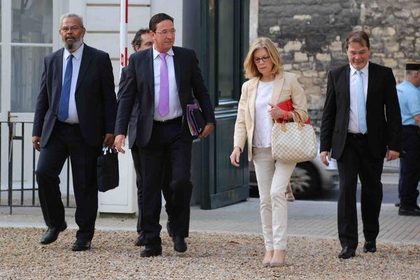 La délégation de Calédonie Ensemble, les députés Philippe Gomès et Sonia Lagarde au premier plan
