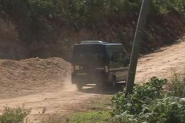 minibus sur piste à Futuna