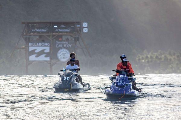 Les Water Patrol, les anges gardiens des surfeurs. 18/08/14 billabong pro