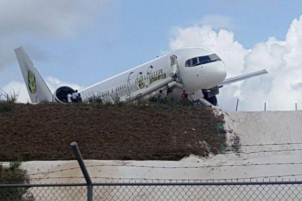 Atterrissage d'urgence d'un Boeing au Guyana