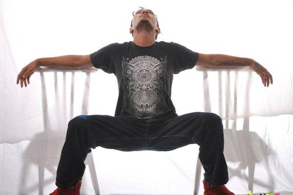 Calédoniens ailleurs: Jean-Philippe Vaimatapako, la rage de vivre, la danse pour vaincre